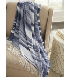 Ashley - Agustin A1000501 Throw (3/CS) - White/Blue (A1000501)
