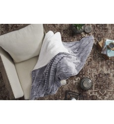 Ashley - Metea A1000568 Throw (3/CS) - Gray/Black (A1000568)