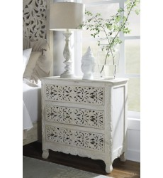 Ashley - Bantori B805 Three Drawer Chest - Multi (B805-193)