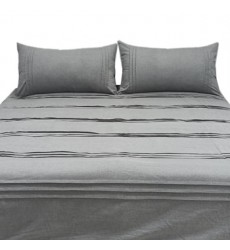 Ashley - Mattias Q37700 King Comforter Set - Gray (Q377003K)